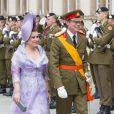 Le Grand-duc Henri et la Grande-duchesse Maria Teresa durant la parade militaire lors de la fête nationale le 23 juin 2013.