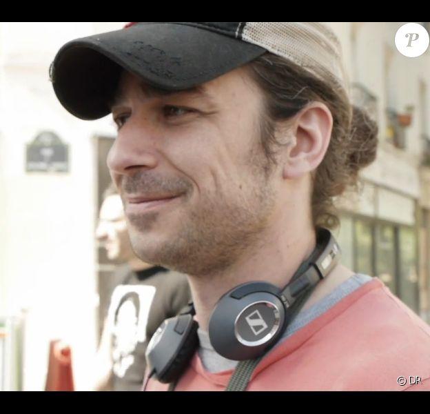 Alexandre Villeret, fils de Jacques Villeret sur le tournage du film En pays cannibale, en salles le 26 juin