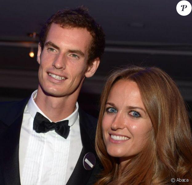 Andy Murray avec sa compagne Kim Sears lors du dîner des champions après sa victoire à Wimbledon à l'hôtel Intercontinental de Londres le 7 juillet 2013 à Londres