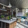 L'acteur américain Jeremy Renner a vendu cette sublime maison pour la somme de 25 millions de dollars.