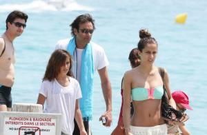 Anthony Delon : Détente et virée en mer avec ses filles au large de Saint-Tropez