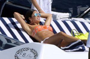 Elisabetta Gregoraci : Bronzage et balade en bateau avec son Flavio