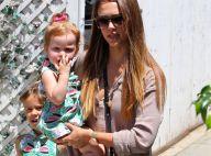 Jessica Alba : Plage et détente en famille
