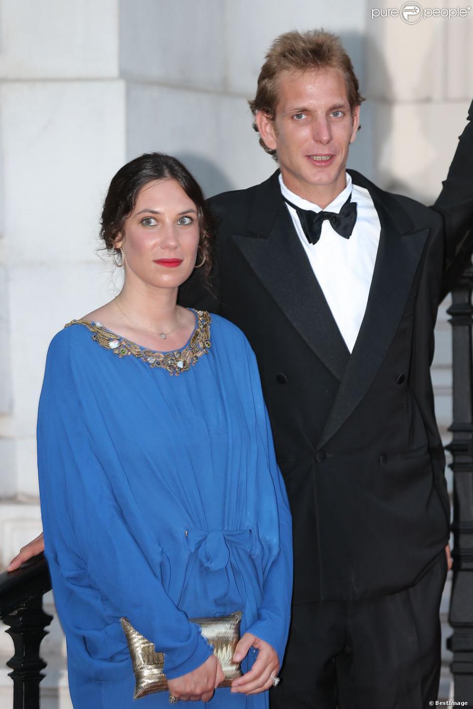 Andrea Casiraghi et Tatiana Santo Domingo au Love Ball organisé par Natalia Vodianova le 27 juillet 2013 à l'Opéra Garnier de Monaco. Le couple doit célébrer son mariage à l'été 2013 - le 31 août.