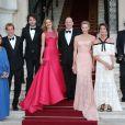 Andrea Casiraghi et Tatiana Santo Domingo, avec Albert, Charlene et Caroline, au Love Ball organisé par Natalia Vodianova le 27 juillet 2013 à l'Opéra Garnier de Monaco. Le couple doit célébrer son mariage à l'été 2013 - le 31 août.