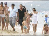 PHOTOS : Marjolaine de Greg le millionnaire, enceinte et amoureuse sur la plage de Saint-Tropez !