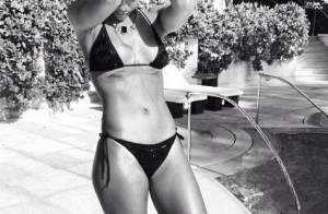 Rihanna en vacances : Sirène bling-bling, encore des photos très hot en bikini !