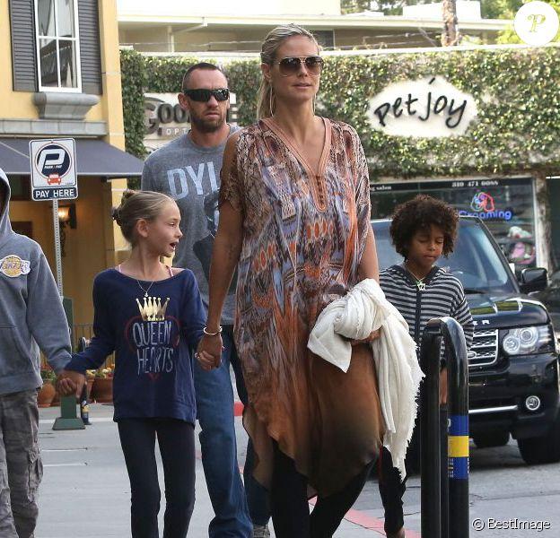 Heidi Klum et petit ami Martin Kirsten emmène ses enfants au café Starbucks à Brentwood, le 11 août 2013.