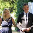 Le chanteur Michael Bublé et sa femme Luisana Lopilato, enceinte, au mariage d'un couple d'amis à Vancouver le 12 août 2013.