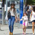 Katie Holmes et Suri Cruise, dans les rues de New York, le 6 septembre 2013.