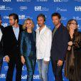 Hugh Jackman, Terrence Howard, Jake Gyllenhaal, Maria Bello, Paul Dano, Melissa Leo au photocall du film Prisoners le 8 septembre 2013 lors du Festival international du film de Toronto (TIFF) au Canada