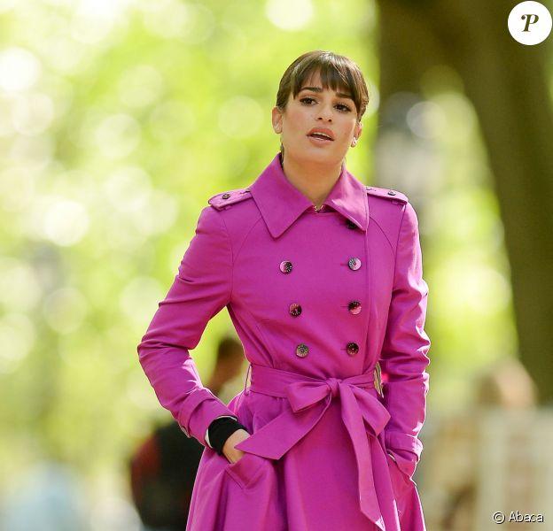 L'actrice Lea Michele tourne une scène de la 5e saison de Glee à New York, le 9 septembre 2013.