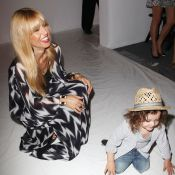 Fashion Week : Rachel Zoe, enceinte et applaudie devant son fils Skyler