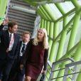 La princesse Mette-Marit de Norvège a pris le temps de visiter l'exposition On Time à la Cité de la mode et du design à Paris, en marge de sa venue pour l'inauguration de la biennale au Grand Palais, le 11 septembre 2013