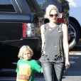 """""""Gwen Stefani, enceinte, emmène son fils Zuma à l'école à Studio city, le 12 septembre 2013."""""""