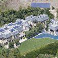 """""""La sublime demeure de Gisele Bündchen et Tom Brady à Brentwood du côté de Los Angeles, le 2 juin 2013"""""""