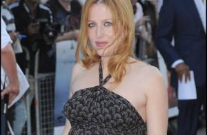 PHOTOS : Gillian Anderson, prête à accoucher sur tapis rouge ?