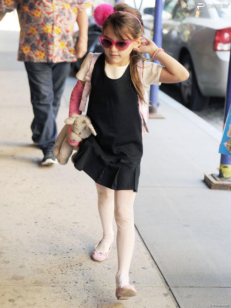Katie Holmes et sa fille Suri Cruise dans les rues de New York, le 20 septembre 2013.