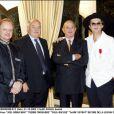 Marc Veyrat décoré de la Légion d'honneur par Paul Bocuse le 31/10/2003 en présence de Joël Robuchon et Pierre Troisgros