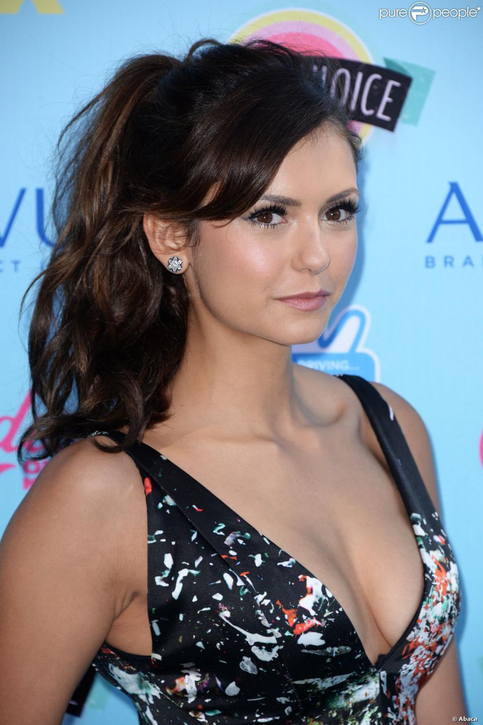 Nina Dobrev lors des Teen Choice Awards en août 2013 à Los Angeles