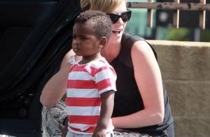 Charlize Theron : Son fils Jackson, 18 mois, est vraiment trop mignon