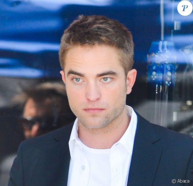 Robert Pattinson sur le tournage de Maps to the Stars à Los Angeles le 20 août 2013