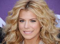 Kimberly Perry : La blondissime chanteuse fiancée avec son joueur de baseball