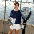 L'actrice Tiffani Thiessen à l'Empire State Building pour présenter la campagne Jumpstart's Read for the Record à New York, le 2 octobre 2013.
