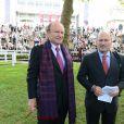 Alain et Gerard Wertheimer, propriétaires de Chanel,lors duQatar Prix de l'Arc de Triomphe à Longchamp le 6 octobre 2013.
