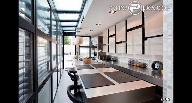 Nabilla et Thomas  Leur superbe villa à 3 millions d'euros pour 'Allô