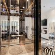 Les images de la villa à 3 millions d'euros louée par La Grosse Équipe pour le tournage d'Allô Nabilla, émission de télé-réalité de Nabilla Benattia, prochainement sur NRJ12