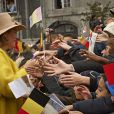Joyeuse entrée du roi Philippe et de la reine Mathilde de Belgique à Liège le 11 octobre 2013. Le manteau jaune poussin de la reine a fait piailler !