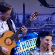 Sergio Ramos en chanteur flamenco pour sa belle Pilar Rubio sur Antena 3, le 21 octobre 2013.