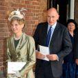 Jamie Lowther-Pinkerton (parrain) et sa femme au baptême du prince George de Cambridge, premier enfant du prince William et de Kate Middleton, en la chapelle royale du palais Saint James, à Londres, le 23 octobre 2013.