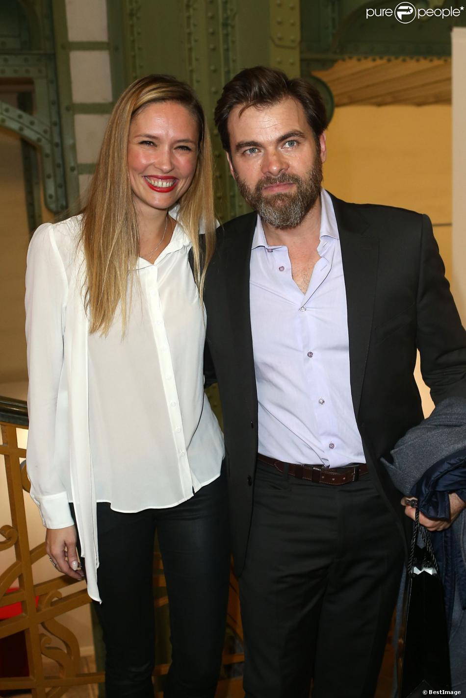 Clovis Cornillac et sa femme Lilou Fogli lors de la soirée d'inauguration de la FIAC au Grand Palais à Paris le 23 octobre 2013