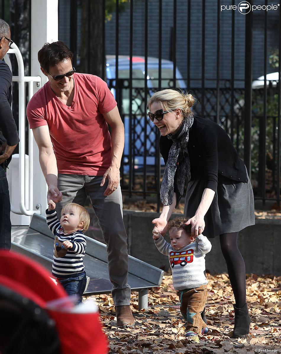 Anna Paquin Et Stephen Moyer Mariés Pictures to pin on ... Anna Paquin Divorce
