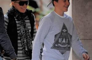 Madonna : Ses petits David et Mercy déchaînés avec leur grand frère Rocco