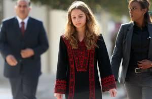 Rania de Jordanie : Sa fille la princesse Iman, 17 ans, a déjà son charisme...