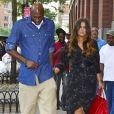 Lamar Odom se rend à la remise des diplômes de sa fille Destiny avec Khloe Kardashian à New York, le 20 juin 2012