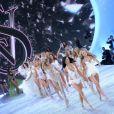 Final du défilé Victoria's Secret 2013 à la 69th Regiment Armory. New York, le 13 novembre 2013.