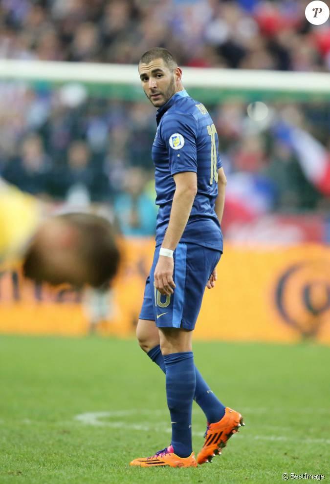 Karim benzema l 39 quipe de france de football s 39 est qualifi e pour la prochaine coupe du monde - Prochaine coupe du monde foot ...