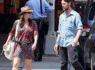 PHOTOS : Gina Gershon et son boyfriend, balade à Big Apple !