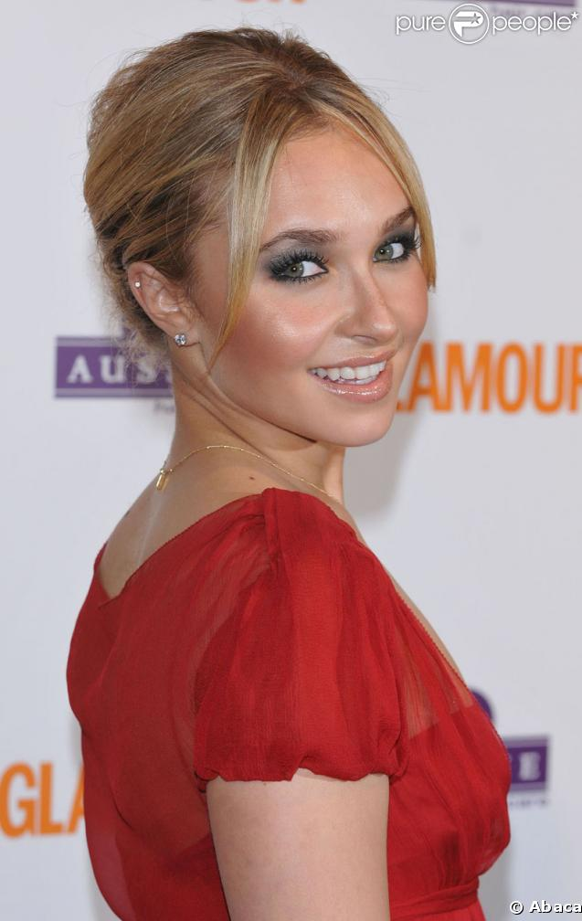 http://static1.purepeople.com/articles/6/13/21/6/@/62040-hayden-panettiere-637x0-1.jpg