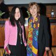 Irène Frain et Edith Cresson lors de la présentation du Dictionnaire universel des créatrices au siège de l'Unesco à Paris, le 22 novembre 2013