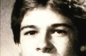 Brad Pitt, jeune : Les photos oubliées du galérien devenu sex-symbol de Levi's