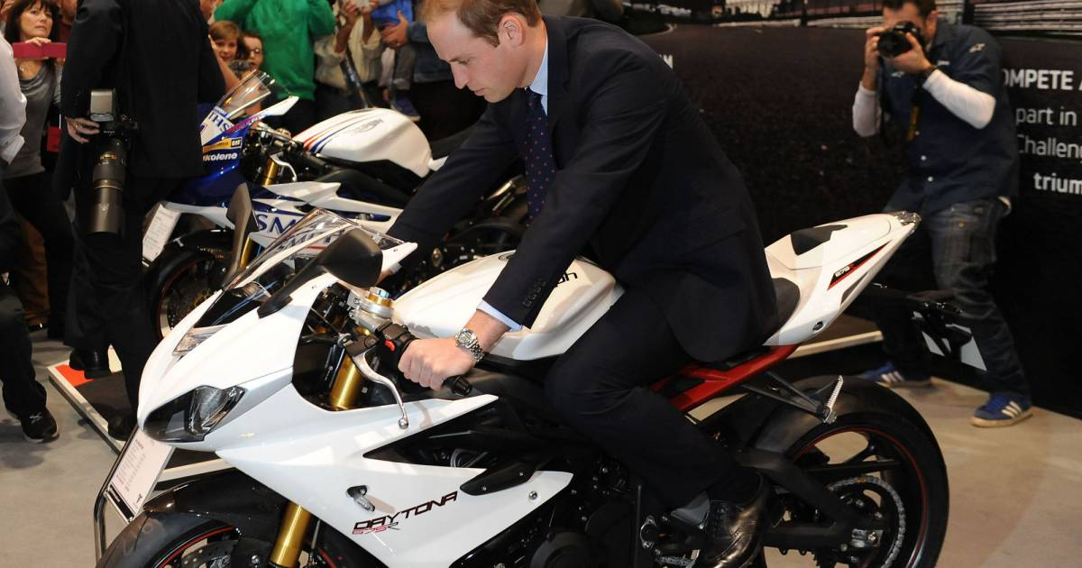 Prince william motos gogo match de foot sa nouvelle for Nrj moto salon