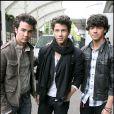 Les Jonas Brothers aux studios GMTV à Londres, le 12 mai 2009.