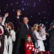 Barack Obama, Michelle et leurs filles, Mariah Carey et Monroe : Noël commence !