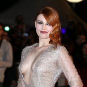 NRJ Music Awards : Le décolleté d'Elodie Frégé, Amel Bent en transparence