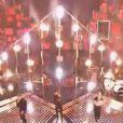 One Direction sur le plateau de X Factor, le 15 décembre 2013.
